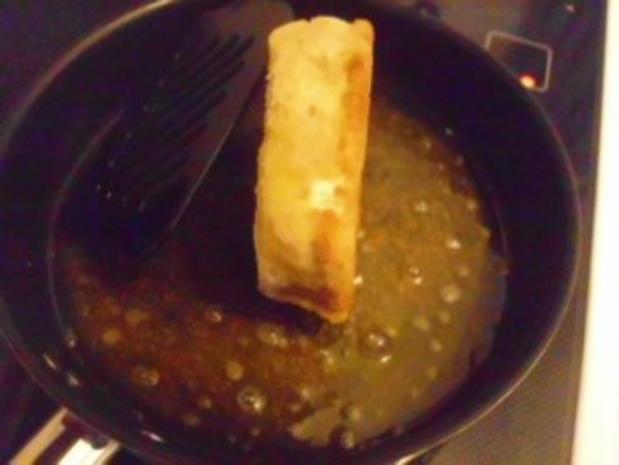 Camembert gebraten mit Preiselbeeren und Schlagsahne - Rezept - Bild Nr. 8