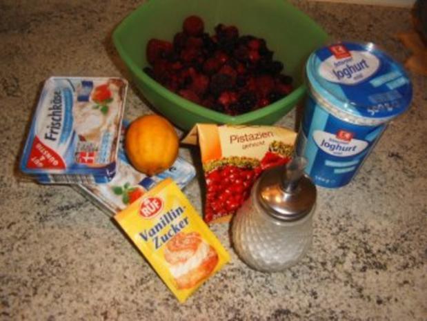 Frischkäse-Dessert mit heißen Früchten - Rezept - Bild Nr. 2