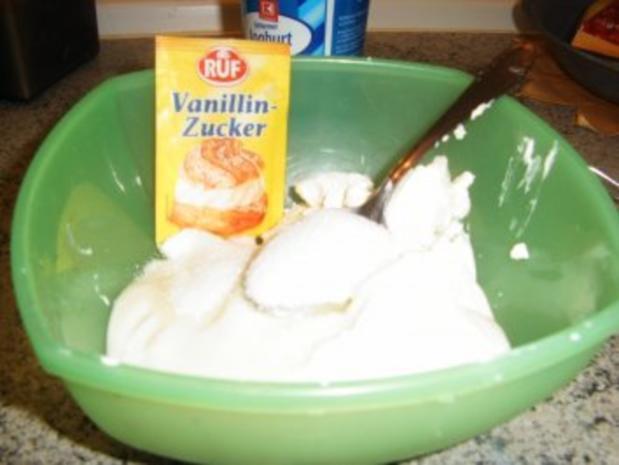 Frischkäse-Dessert mit heißen Früchten - Rezept - Bild Nr. 3