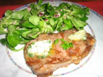 Rindersteak mit Bärlauch-Kräuterbutter  an Feldsalat - Rezept
