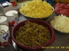 Kartoffeln-Bohneneintopf mit Hackfleisch und Gemüsezwiebeln - Rezept
