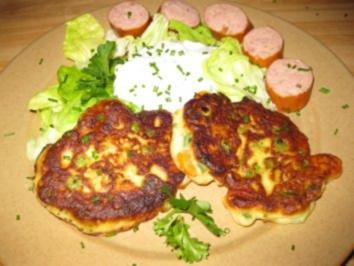 Gemüse-Quarkplätzchen mit Kräuterrahm - Rezept