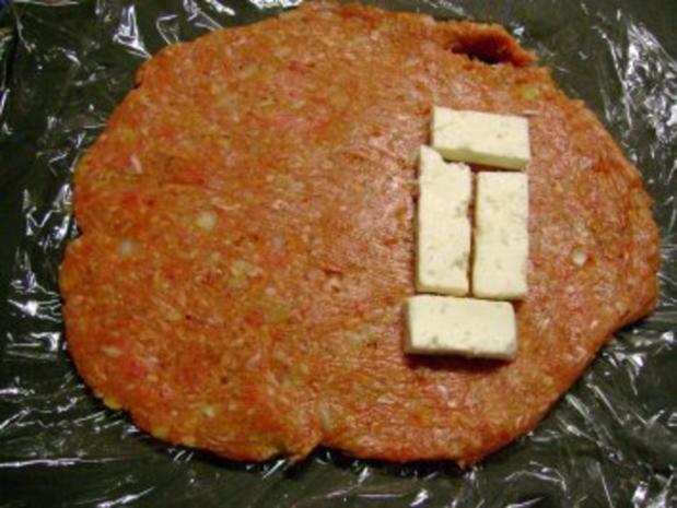 Grillen: Gefüllte Plescavica mit Schafskäse - Rezept - Bild Nr. 5