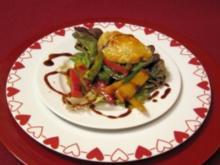 Vorspeise: Argentinische Empanadas auf Paprikasalat - Rezept