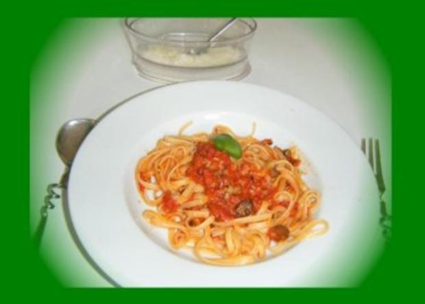 Linguine con pomodori, olive e capperi - Rezept - Bild Nr. 4