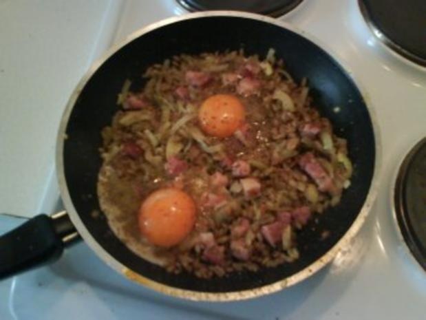 Eier: Gebratener Grünkern mit Ei und Speck - Rezept - Bild Nr. 5