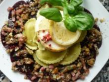 Grüne Capeletti im Rote Beete-Carpaccio-Nest mit gebackenem Honig-Ziegenkäse - Rezept