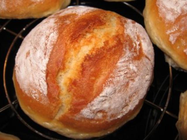 Buttermilchbrötchen und Brotrezepte - cover