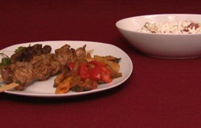 Marokkanische Spieße mit Gemüse und Salat (Nadja Benaissa) - Rezept