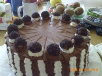 Torten: Zweifarbige Mousse-Torte - Rezept