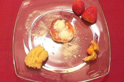 Quarkkeulchen mit Apfelkompott - Rezept