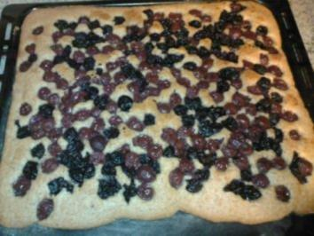 Scneller Kirsch-Mandelkuchen - Rezept