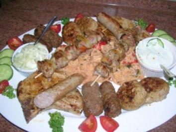Fleisch-/Grillplatte (nicht auf dem Grill)  Pfanne+Ofen  nach meiner Art mit Djuvec Reis - Rezept