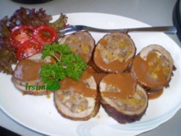Schweinefiletrolle gefüllt mit Walnüssen und Aprikosen - Rezept