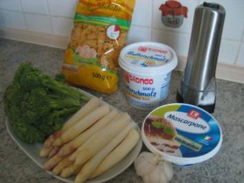 Rezept: Spargel mit Brokkoli und Bandnudeln
