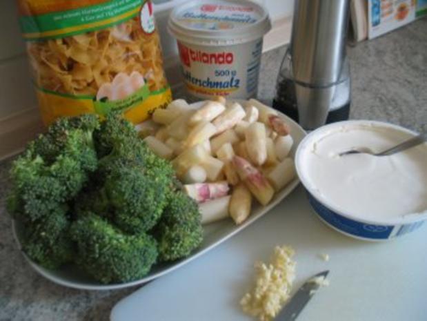 Spargel mit Brokkoli und Bandnudeln - Rezept - Bild Nr. 2