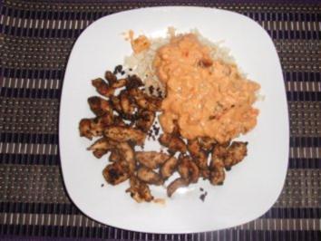 Rezept: Hähnchengyros mit Reis und cremigen Paprika-Tomatengemüse