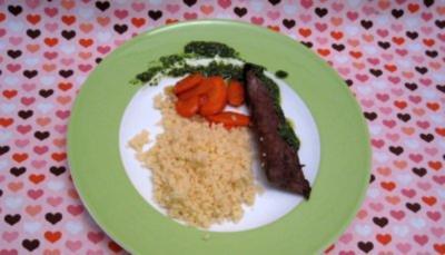 Lammfilet mit Minze, karamellisierten Karotten und Couscous - Rezept - Bild Nr. 2