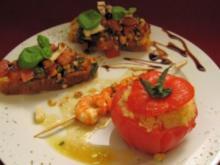 Gefüllte, gebackene Tomate, Bruschetta und Garnelenspieß - Rezept - Bild Nr. 2