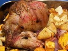 Lammkeule aus dem Ofen mit Kartoffeln - Rezept
