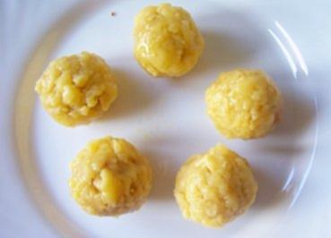 Rezept: Snack: Frittierte Käse-Bällchen