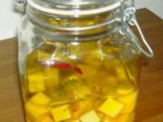Eingelegter Käse (hier: Gouda) - Rezept