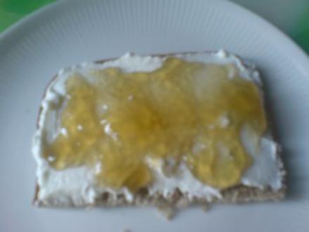 Eingemachtes  Löwenzahn-Melisse-Gelee - Rezept