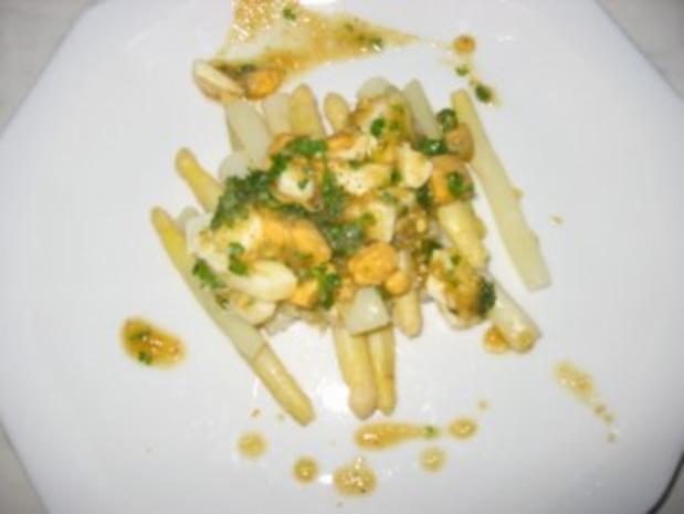 Spargel mit Ei-Butter Soße - Rezept