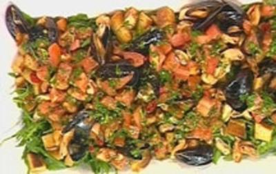 Muschel-Brotsalat - Rezept