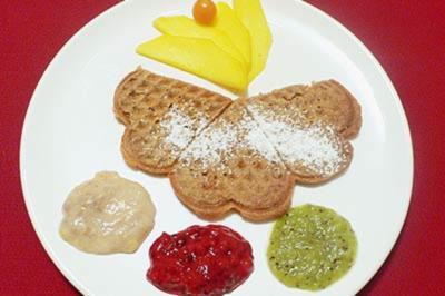 Dinkel-Zimtwaffeln mit Fruchtmus - Rezept - Bild Nr. 9