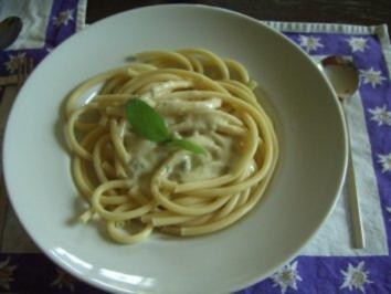 Makkaroni mit Gorgonzolasauce - Rezept