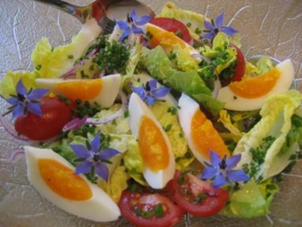 Salat-Herzen mit Borretschblüten ... - Rezept - Bild Nr. 4
