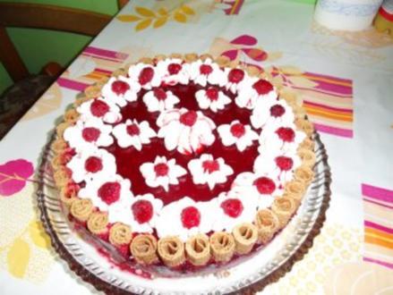 Fruchtige Waffel - Mascarpone - Torte - Rezept
