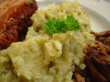 Schnibbelbohnen-Stampf mit Suppenfleisch und Bauch - Rezept
