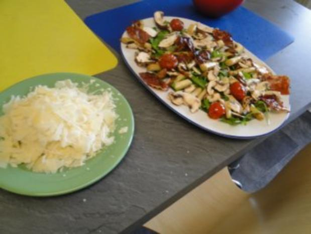 Gebratener Spargel mit gebr. Schinken, Pilze und und Parmesan, ergibt - Rezept - Bild Nr. 10