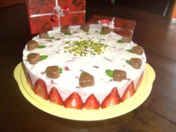 Erdbeer-Sekt-Torte zum Muttertag - Rezept