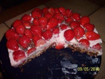Erdbeer - Schokoknusper - Torte - Rezept