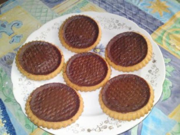 Torteletts mit Erdbeeren und Vanillepudding - Rezept - Bild Nr. 2