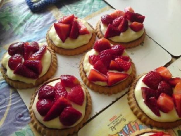Torteletts mit Erdbeeren und Vanillepudding - Rezept - Bild Nr. 4