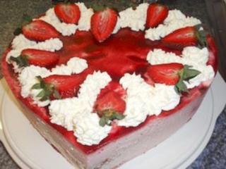Torte Erdbeer Joghurt Sahne Herz Rezept Kochbar De