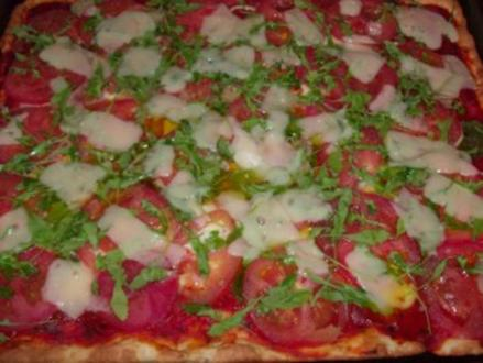 Pizza Verdura fresca con due formaggi - Rezept