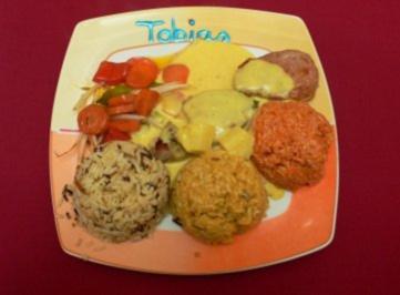 Schweinemedaillons an Curry-Ananassoße und drei Reissorten mit Thai-Gemüse - Rezept - Bild Nr. 2