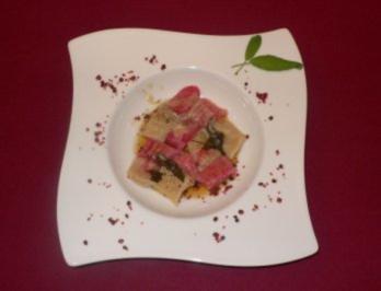 Pinke Gnocchi mit Salbeibutter - Rezept - Bild Nr. 2