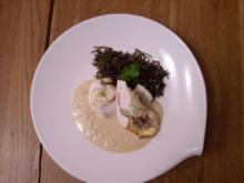 Hähnchen-Rolls in Erdnusssoße an Wildreis - Rezept