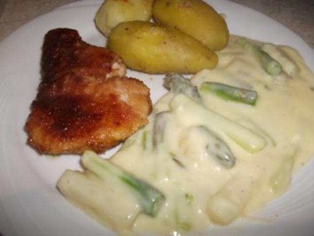 Grüner und weißer Spargel in Sauce Hollandaise und Beilagen - Rezept