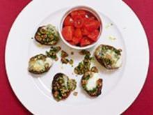 Blechkartoffel mit Walnusspesto und Tomatensalat - Rezept - Bild Nr. 2