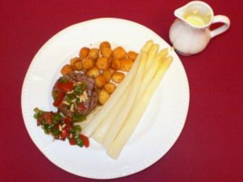 Spargel mit Sauce Hollandaise, Pommes Parisiennes und Tatarsteak - Rezept - Bild Nr. 2
