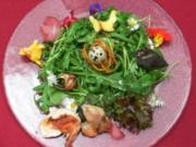 Salatvariation mit Wachtelbrust, Ei, Weinbergschnecke und Gänseblümchen - Rezept - Bild Nr. 2