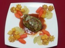 Perlhuhnbrüstchen im Kräutermantel mit Buttergemüse & Herzoginkartoffeln - Rezept - Bild Nr. 2