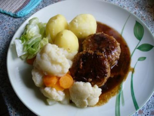 Kleine Buletten, Kartoffeln, Mischgemüse und grüner Salat - Rezept - Bild Nr. 8